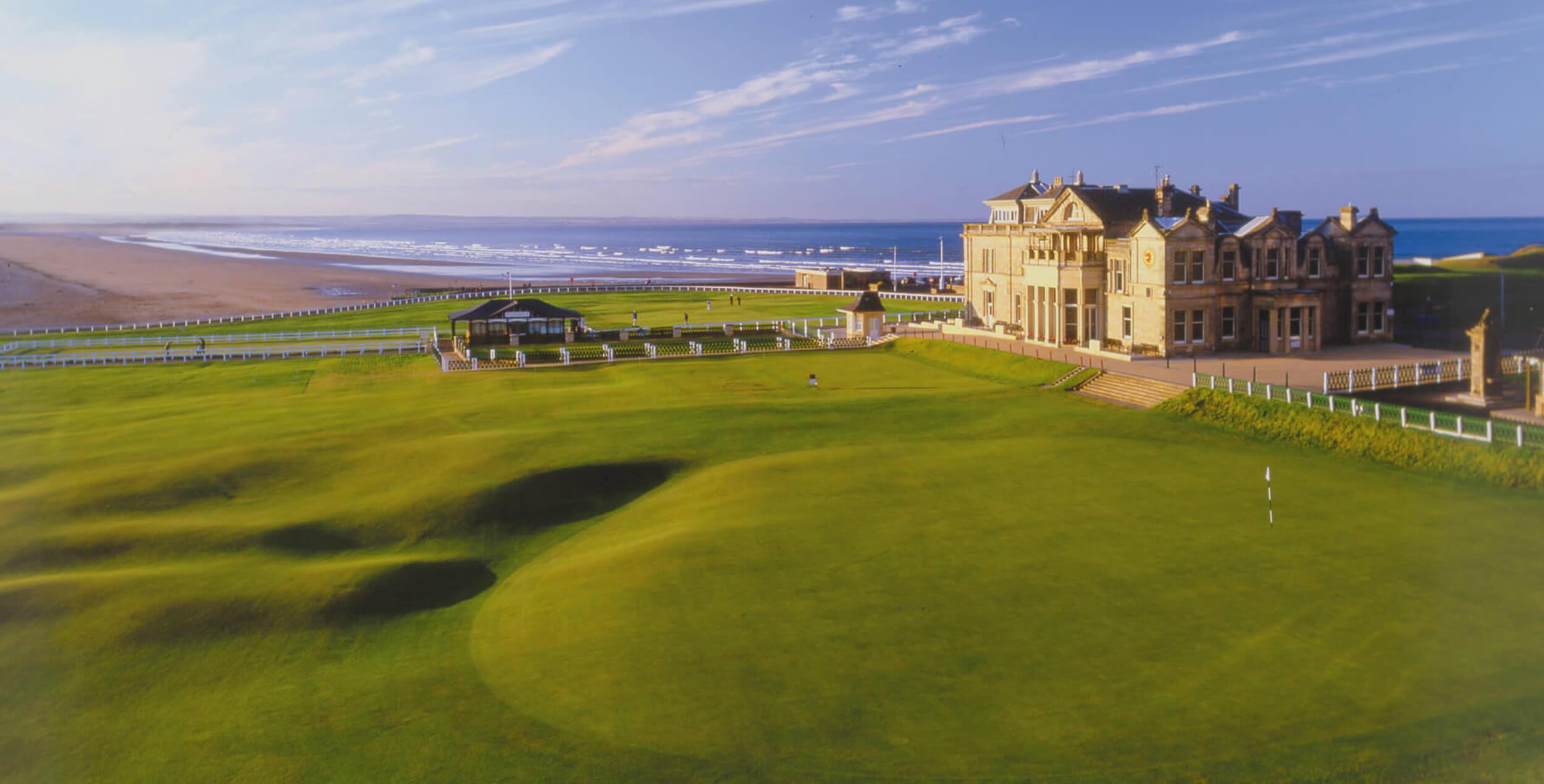 ¿Por qué se llama golf y se juega en 18 hoyos?