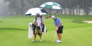 Golf bajo la lluvia ¡mantén un buen resultado!