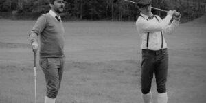 Un torneo de golf ancestral todavía en juego.