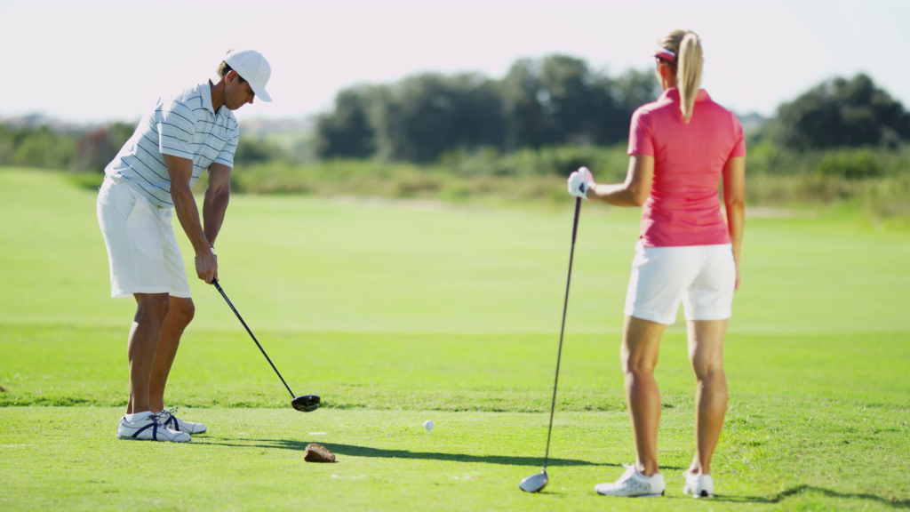 Golf y amor: Cómo introducir a tu pareja al golf