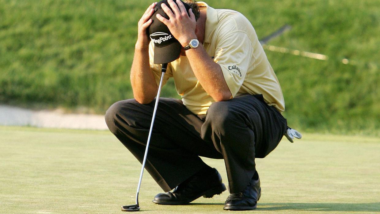 """Como evitar """"rajarse"""" en el campo de golf."""
