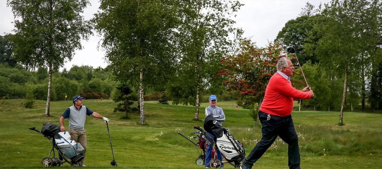 No seas golfista del ego, nadie lo soporta.