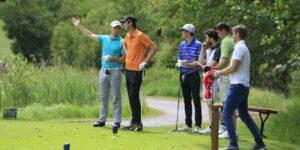Desvelando el límite de golfistas por grupo.